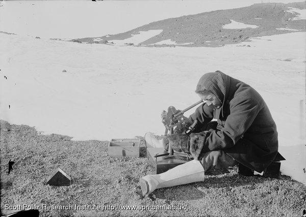 Lieut. Rennick with artificial horizon. Feb. 9th 1911.