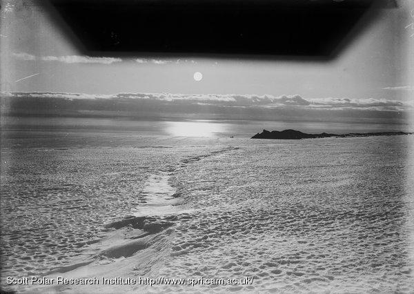 W. from Barne Glacier to cape Barne. Feb. 21st 1911.