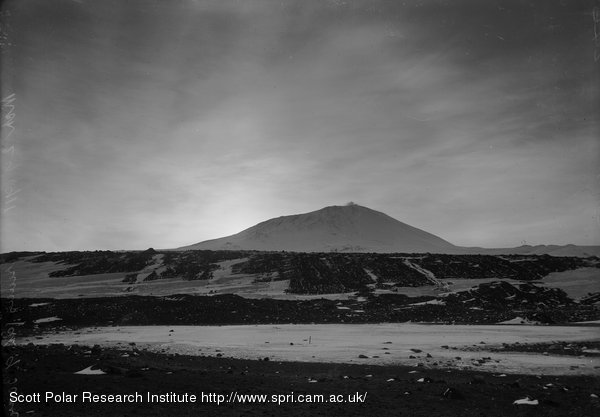 Mount Erebus and Cloud effect, Faint ring 9.30 am