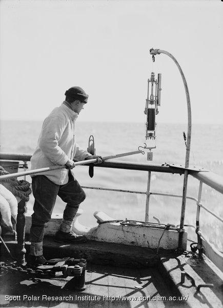 Nelson sending down the water bottle. Jan. 1st 1911.