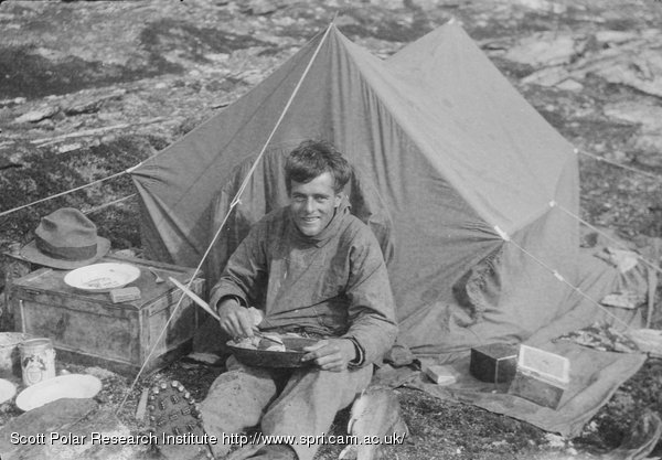 Reference P48/16/269  sc 1 st  Freeze Frame & Freeze Frame » Courtauld cooking outside tent. S. boat journey